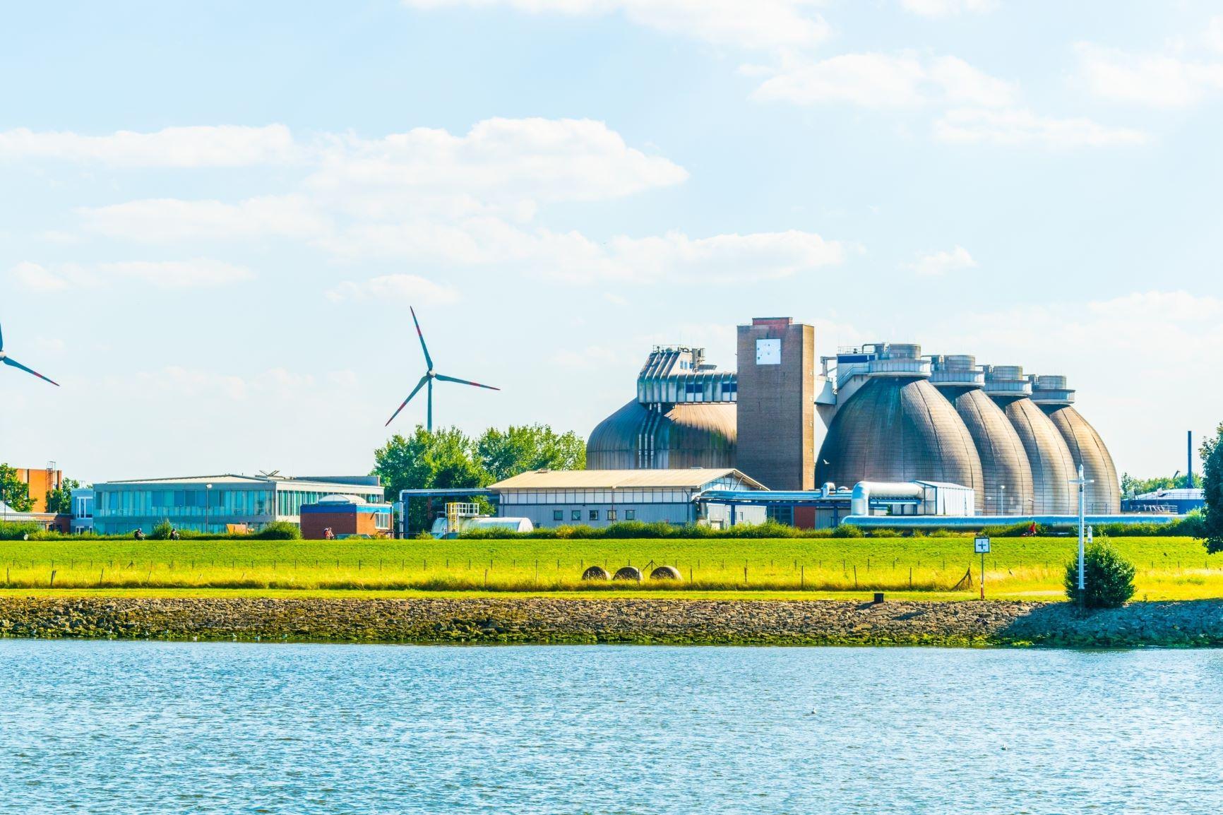 Modern biogáz üzem Brémában Németországban